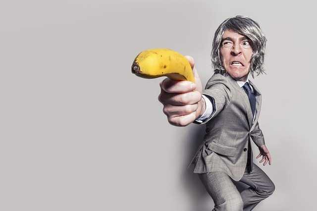 Злой мужик с бананом